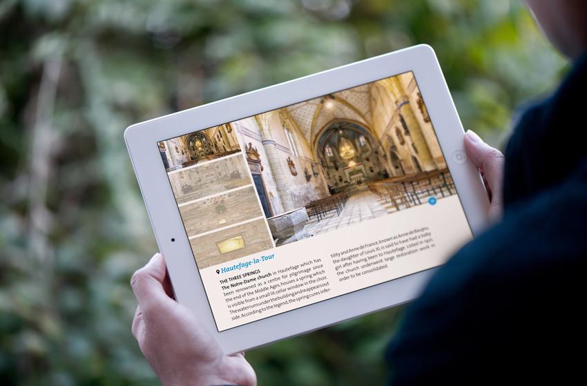 Conception et réalisation d'articles multimédias et de reportages en vidéo.